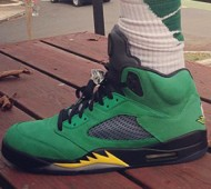 air-jordan-5-oregon-ducks-on-feet