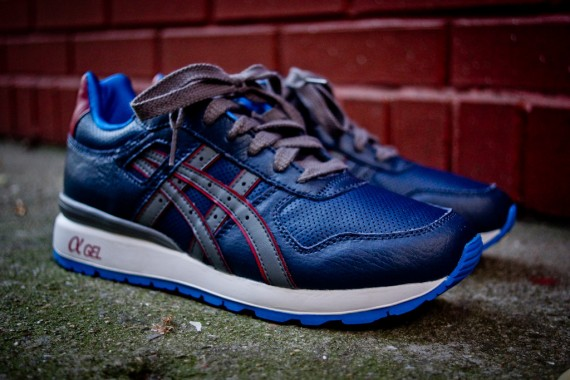 asics-gt-ii-navy-grey-red-08-570x380