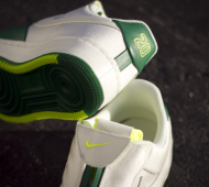 nike-air-force-1-low-the-glove-pine-green-white-01-570x379
