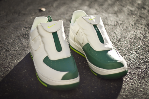nike-air-force-1-low-the-glove-pine-green-white-03-570x379