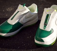 nike-air-force-1-low-the-glove-pine-green-white