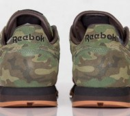 shoe-gallery-reebok-classic-leather-flamingoes-at-war-rd-02-570x399