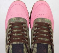shoe-gallery-reebok-classic-leather-flamingoes-at-war-rd-06-570x570