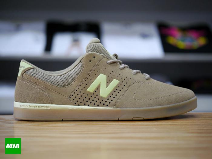New-Balance-Stratford-Kelp-Brown-Daiquiri-Green-0811