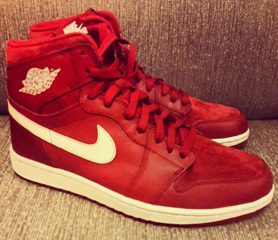 air-jordan-1-retro-high-og-red-white-2014-release