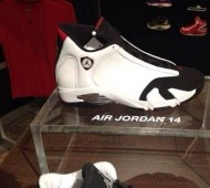 air-jordan-14-retro-black-toe-2014-570x570