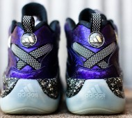nightmare-before-christmas-adidas-crazy-8-02
