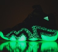 nightmare-before-christmas-adidas-crazy-8