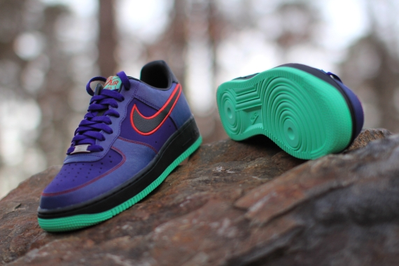 nike-air-force-1-low-court-purple-black-university-red-release-date-02