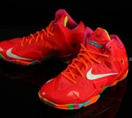 nike-lebron-11-gs-red-multi-color-8-570x379