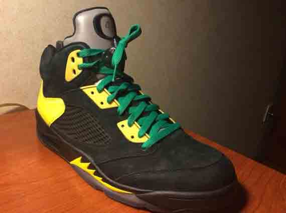 air-jordan-5-oregon-jumpducks-1