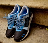 asics-gel-lyte-iii-black-carolina-blue-available-04-570x380