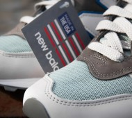 new-balance-1300-us-white-grey-blue-04
