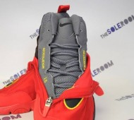 nike-air-zoom-flight-glove-heat-release-date-05-570x378