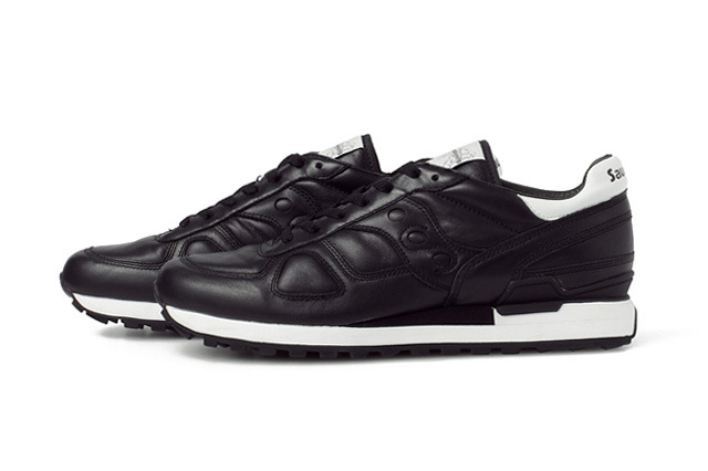 white-mountaineering-x-saucony-2014-springsummer-shadow-original-1