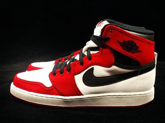air-jordan-1-ko-chicago-release-date-01