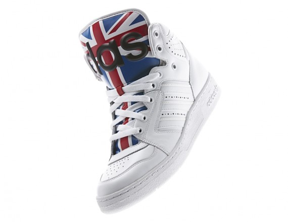 jeremy-scott-adidas-js-instinct-union-jack-flag-05-570x440