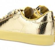 jeremy-scott-adidas-originals-rod-laver-gold-python-05-570x329