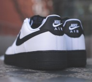 nike-air-force-1-low-white-black-available-03-570x425