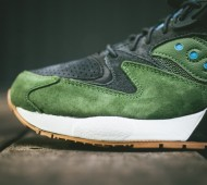 saucony-grid-9000-green-black-gum-available-03-900x600
