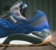 saucony-grid-9000-navy-black-gum-02-900x600