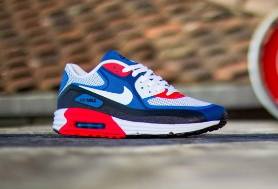 Nike-Air-Max-Lunar90-3.0-Light-Base-Grey-White-Military-Blur-Photo-Blue-02-570x387