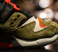 UBIQ-Saucony-Grid-9000-Dirty-Martini_04