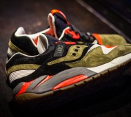 UBIQ-x-Saucony-Grid-9000-Dirty-Martini-02