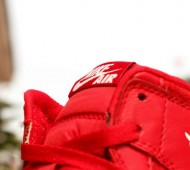air-jordan-1-og-gym-red-release-date-04-570x380