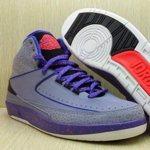 air-jordan-2-purple-red-black-01-570x570