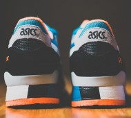 asics-gel-lyte-iii-off-white-bright-orange-blue-01