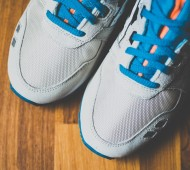 asics-gel-lyte-iii-off-white-bright-orange-blue-03