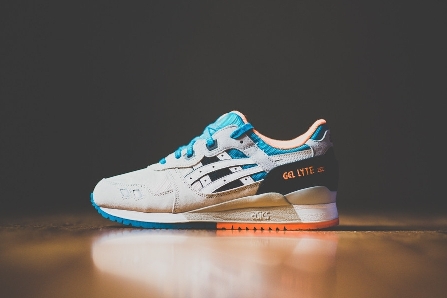 asics-gel-lyte-iii-off-white-bright-orange-blue-07