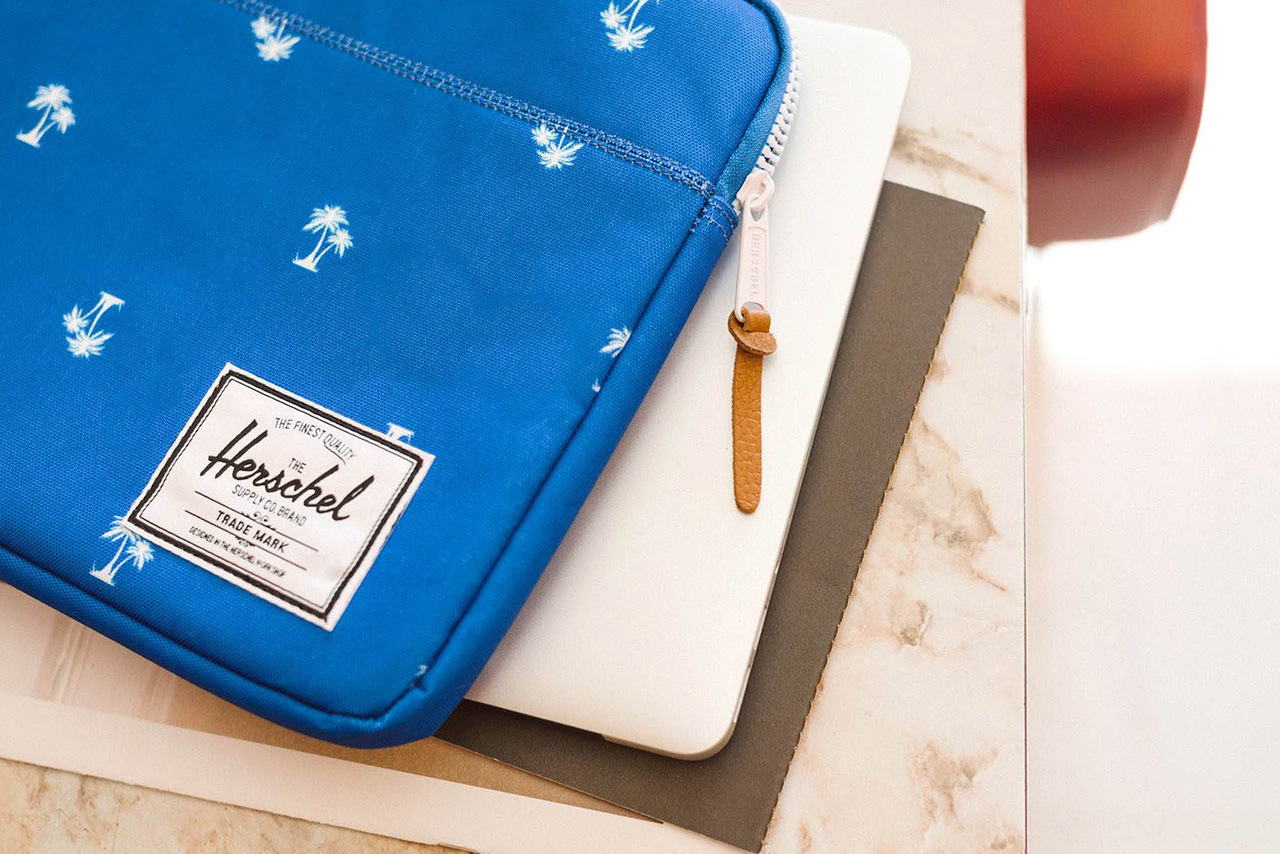 herschel-supply-co-2014-spring-summer-laptop-sleeves-1