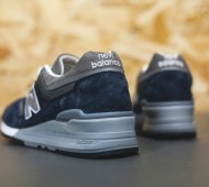 new-balance-997-navy-available-01-570x380