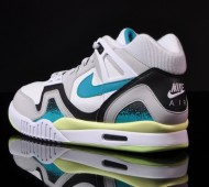 nike-air-tech-challenge-ii-turbo-green-05-900x632