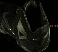 nike-lebron-11-blackout-02-570x379