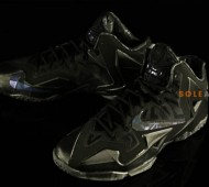 nike-lebron-11-blackout-08-570x379