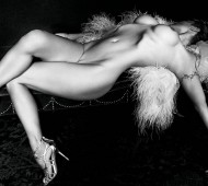 pamela-anderson-poses-nude-for-purple-magazine-issue-21-3