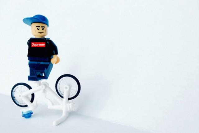 lego-iconic-streetwear-brands-06-960x640