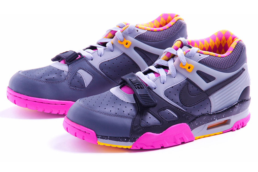 nike-air-trainer-iii-bo-knows-horse-racing-9