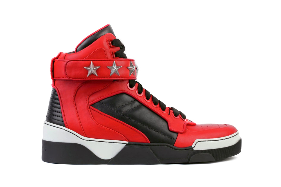 givenchy-pre-fall-winter-tyson-jordan-pack-1