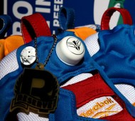 reebok-insta-pump-fury-gundam-packaging-06-570x374