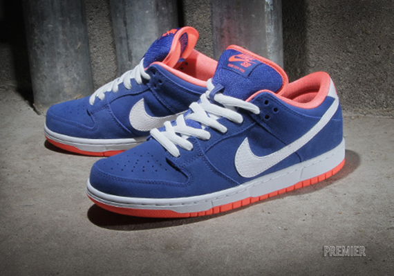nike-sb-dunk-low-game-royal-orange