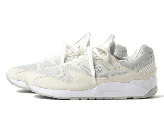 white-mountatineering-saucony-grid-9000-01