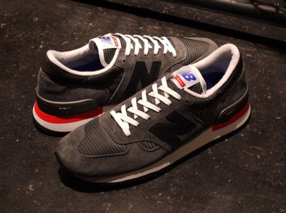 new-balance-m-990-authors-collection-05-570x425