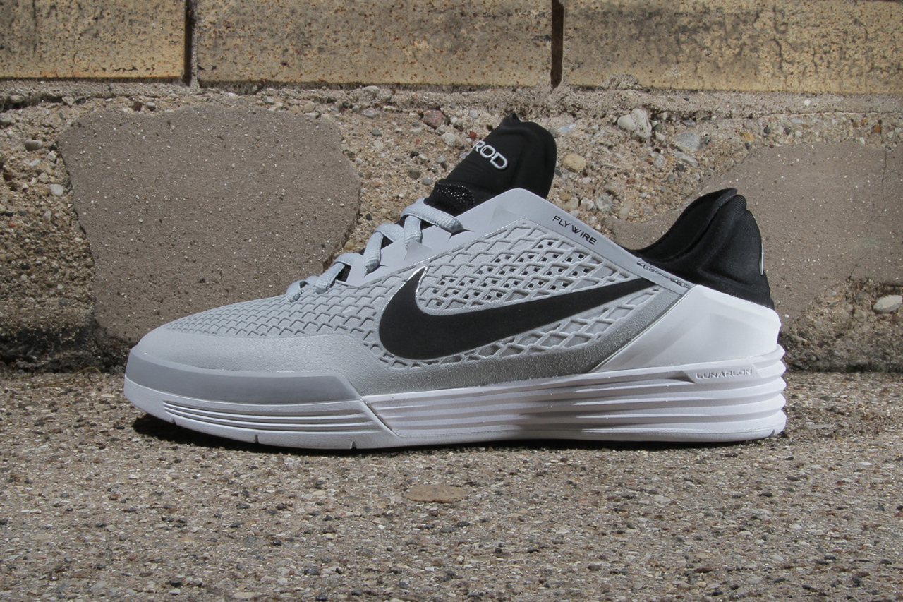 nike-sb-paul-rodriguez-8-wolf-grey-pure-platinum-1
