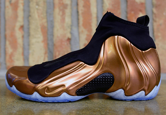 Copper nike flightposite